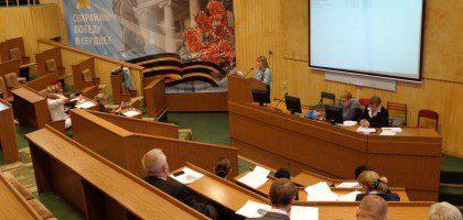 Профессор КазДС приняла участие в международном форуме «Каспийский круг»