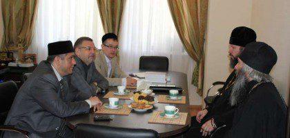 Ректор КазДС посетил Российский исламский институт
