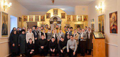 Храм Казанских святых
