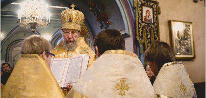 Пострижение во чтецов студентов Казанской православной духовной семинарии