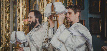 Начало утренних богослужений изменено на время Великого Поста