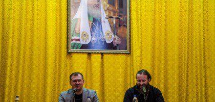 Беседа с ведущим российским исламоведом Р. А. Силантьевым kazpds
