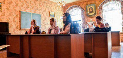 Открытое занятие учебного хора регентско-катехизаторского отделения
