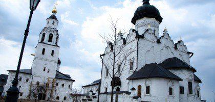 Студенты и преподаватели Казанской православной духовной семинарии посетили  остров Свияжск