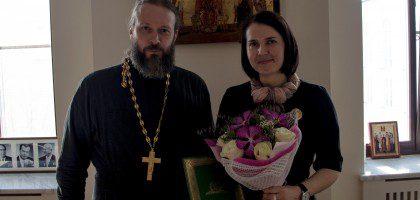 Помощник ректора КазПДС по социальной работе награждена Патриаршим знаком