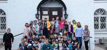 Экскурсия казанских школьников по Казанской Духовной семинарии