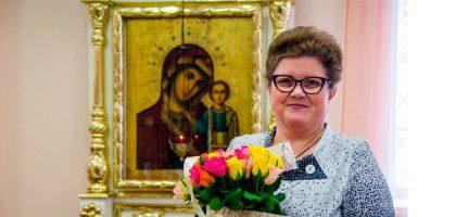 Поздравляем с юбилеем заведующую ризницей Елену Анатольевну Кривцову!