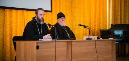 Писатель протоиерей Николай Агафонов встретился со студентами семинарии