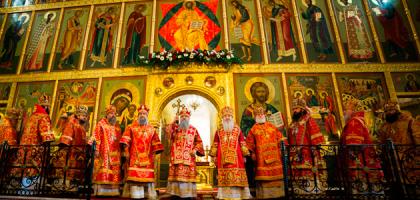 В Казанском кремле состоялось торжественное богослужение по случаю 70-летия митрополита Феофана