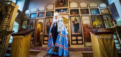 Администрация и студенты Казанской семинарии приняли участие в архиерейском богослужении