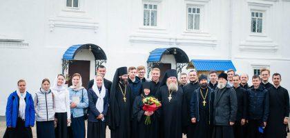 Учащиеся Казанской духовной семинарии посетили Успенский Зилантов женский монастырь г. Казани