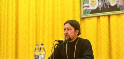 Профессор Московской духовной академии протоиерей Максим Козлов выступил с лекциями в Казанской семинарии