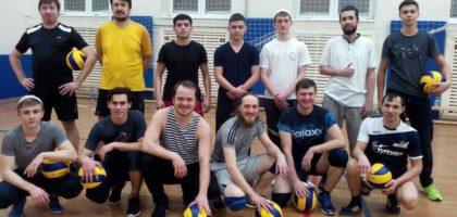 В Казанской духовной семинарии состоялся дружеский матч по волейболу между православными и мусульманами