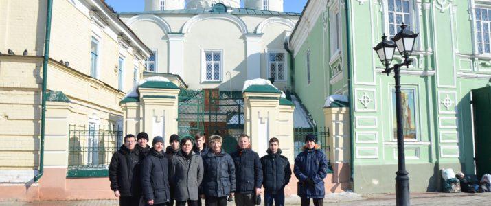 Студенты семинарии посетили выставку, посвященную Казанской иконе Божией Матери