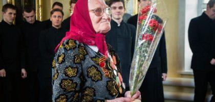 Студенты Казанской семинарии приняли участие в праздничном богослужении по случаю Дня Победы