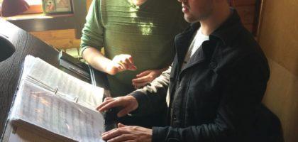 Студенты Казанской духовной семинарии приняли участие в богослужении в приходском храме