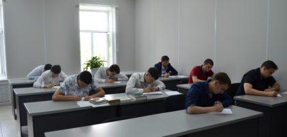 В Казанской Православной Духовной Семинарии проходят вступительные экзамены