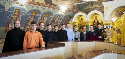 УЧАЩИЕСЯ ПОДГОТОВИТЕЛЬНОГО ОТДЕЛЕНИЯ КАЗАНСКОЙ ДУХОВНОЙ СЕМИНАРИИ ПОСЕТИЛИ ХРАМ СОШЕСТВИЯ СВЯТОГО ДУХА