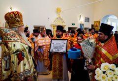 В день рождения владыки-ректора студенты семинарии молились за Литургией в домовом храме Казанского епархиального управления