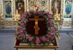 В Казанской семинарии встретили праздник Происхождения Честных Древ Животворящего Креста Господня