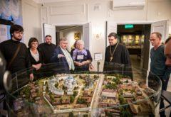 Сотрудники администрации семинарии посетили музей Казанской иконы Божией Матери