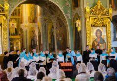 Смешанный хор Казанской семинарии принял участие в Фестивале церковных хоров «Заступнице Усердная»