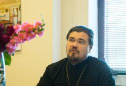 Первый проректор КазПДС прот. Алексей Колчерин: «Для нас важны не только отметки воспитанников, но и их духовное становление»