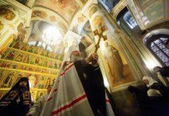Администрация и студенты Казанской духовной семинарии приняли участие в Рождественской великой вечерне в Благовещенском соборе Кремля
