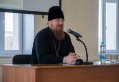 Состоялась встреча студентов семинарии с ректором Московской духовной академии