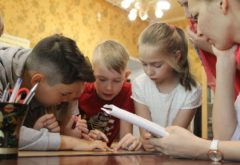 Воскресная школа при семинарском храме во имя св. прав. Иоанна Кронштадтского набирает группу дошколят (4-6 лет)