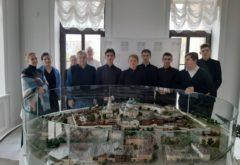 Учащиеся семинарии посетили музей Казанской иконы Божией Матери